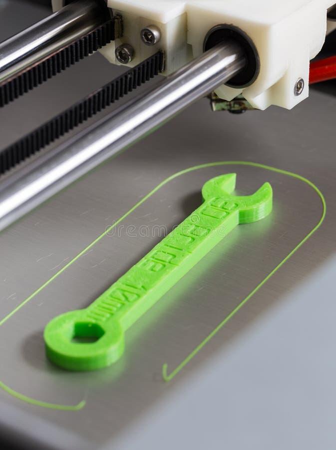 печатание 3d с салатовой нитью стоковая фотография rf