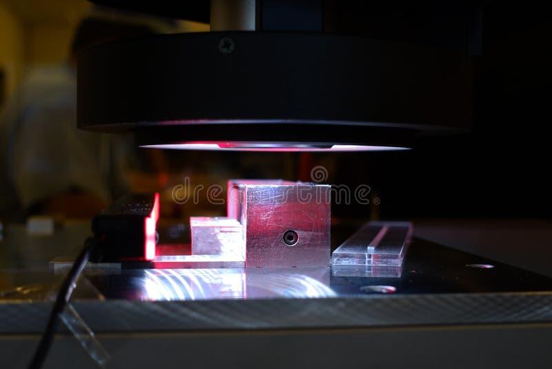 Печать прибора камеры микроскопа рассматривает индустрию стоковая фотография rf