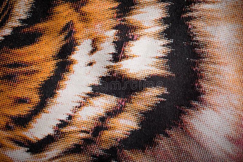 Печать тигра на холсте стоковая фотография rf