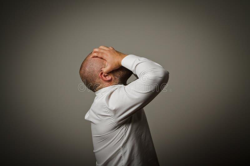 Печаль. Человек в мыслях. стоковое фото rf