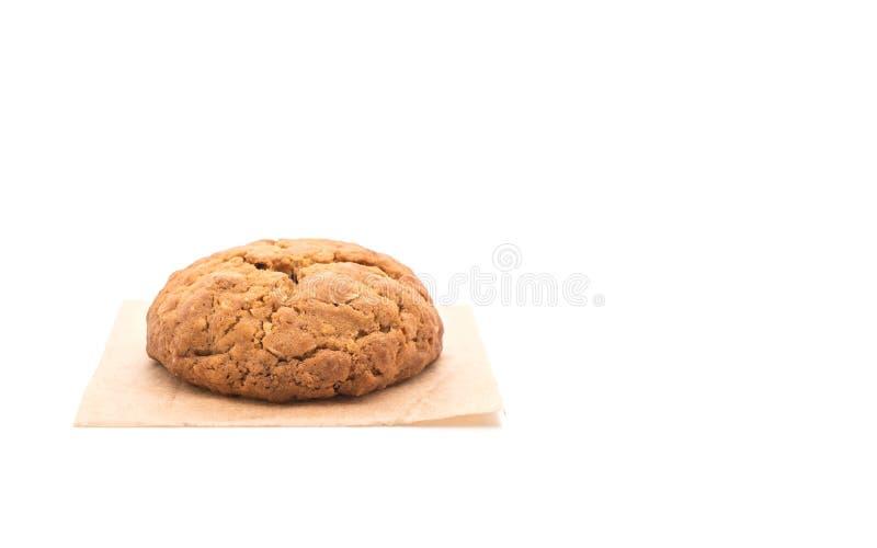 Печенья изюминки овсяной каши на белизне стоковое изображение