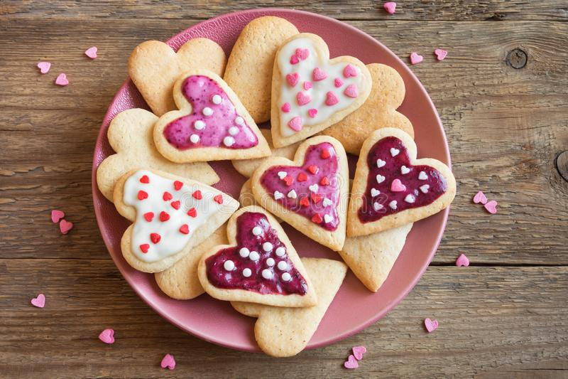 Печенья на день ` s валентинки стоковая фотография rf