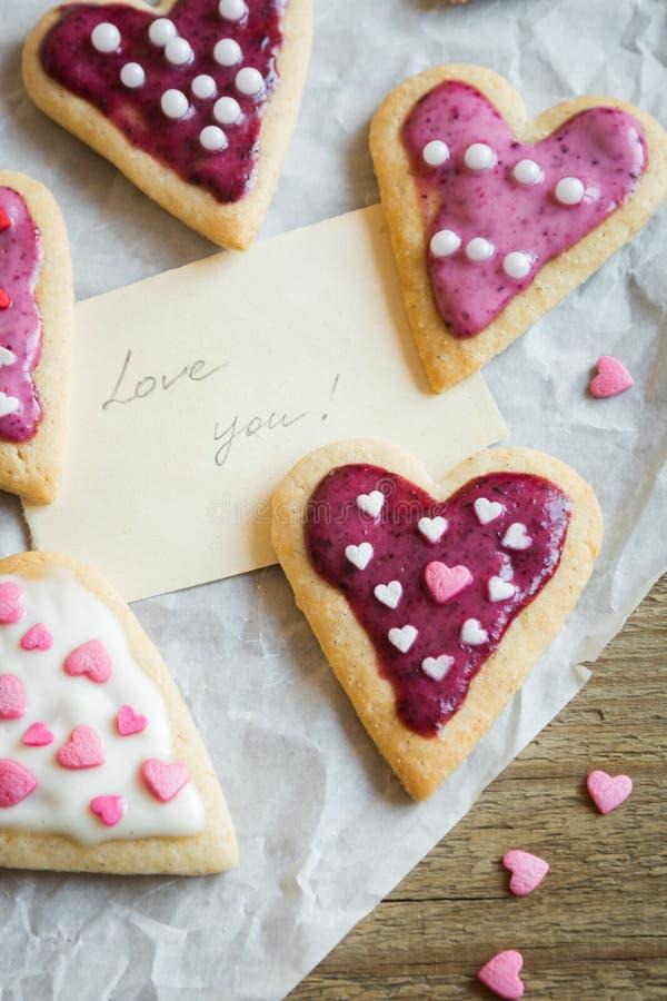 Печенья на день ` s валентинки стоковое изображение rf