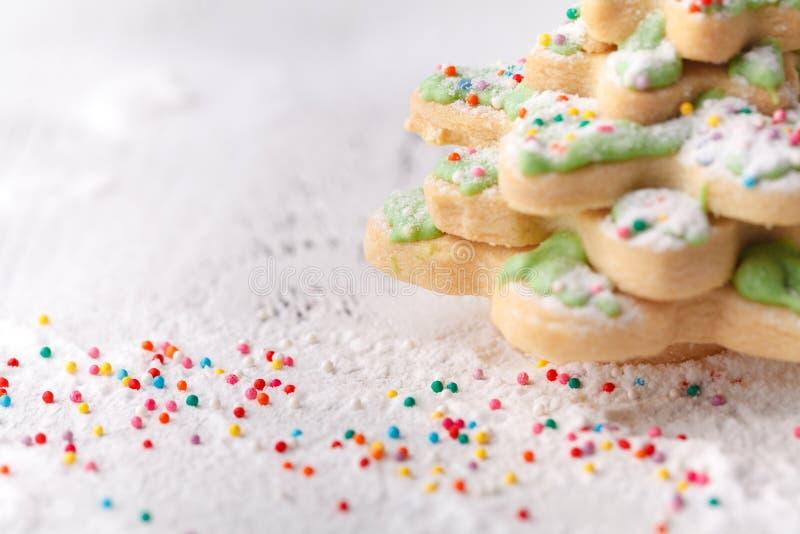 Печенья рождества на деревянном столе с cpace экземпляра стоковая фотография