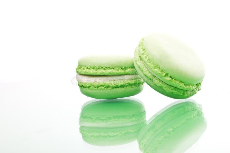Печенья macaroons зеленого макроса сладостные стоковые изображения