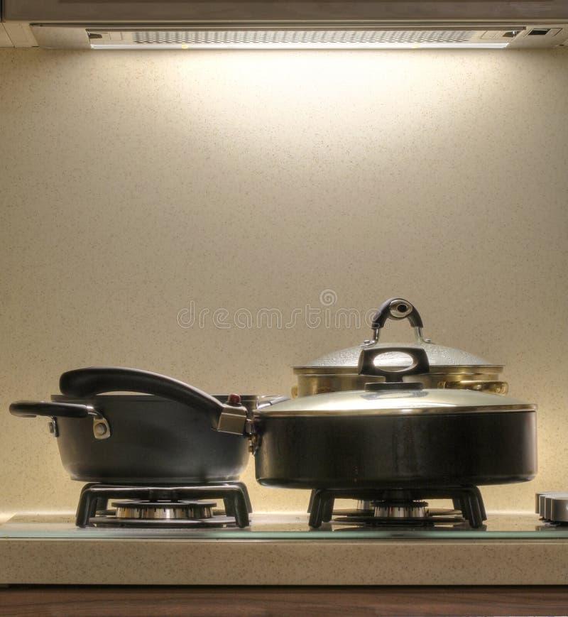 печка кастрюльки стоковые изображения