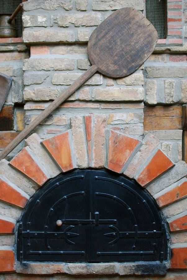 печка хлебопекарни старая стоковые изображения