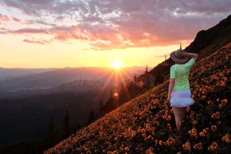 Пеший туризм в Орегоне Ущелье Рекы Колумбия стоковые изображения
