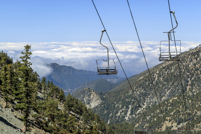 Пеший туризм в Mt След Baldy стоковое фото