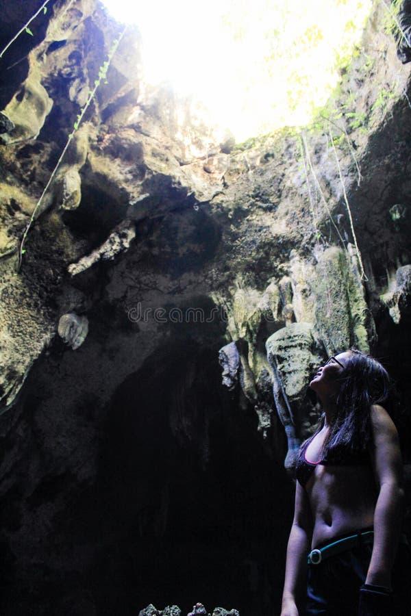 Пещера Bukilat в острове Camotes, Cebu стоковое фото rf