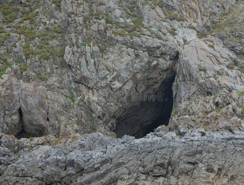 Пещера Gower Paviland стоковые изображения rf