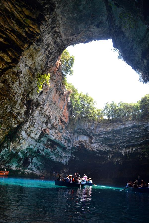 Пещера Melissani, Греция стоковое фото