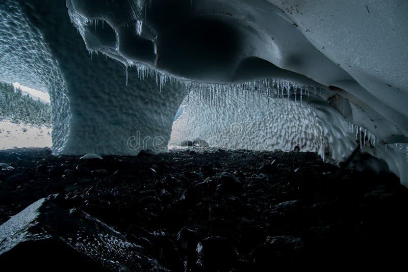 Пещеры льда Большой Четверки в Вашингтоне сногсшибательны и огромны стоковые фото