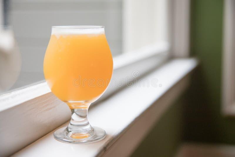 Пиво ремесла бледного эля Индии стоковые фото