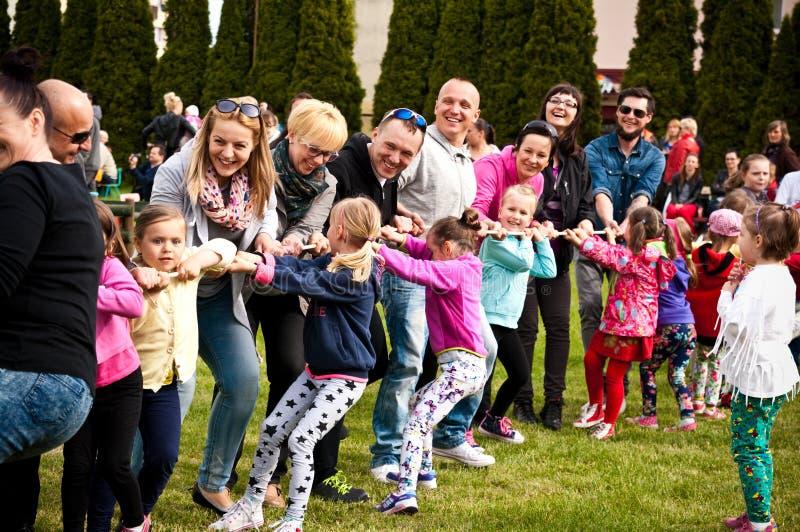 Пикник спорта семьи стоковое фото rf