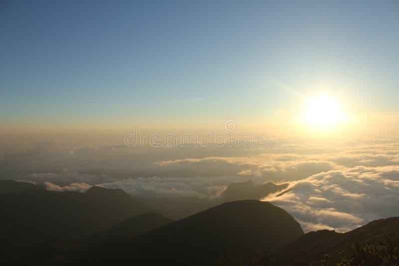 Пик флага, во время восхода солнца стоковые фото