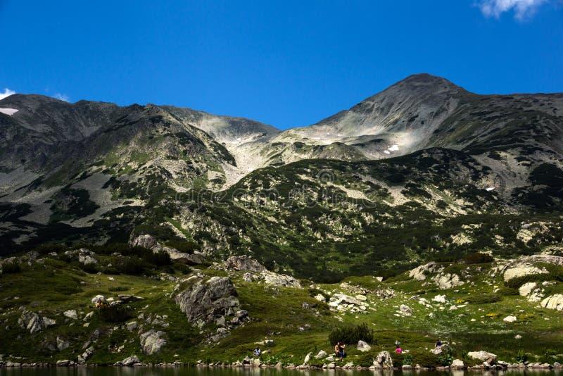 Пик Polezhan, ландшафт горы Pirin стоковая фотография rf