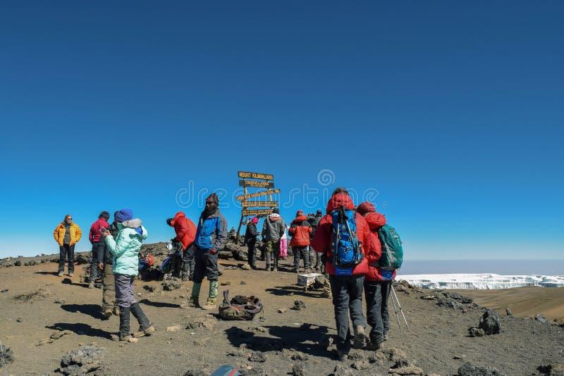 Пик Uhuru, Mount Kilimanjaro, Танзания стоковые фото