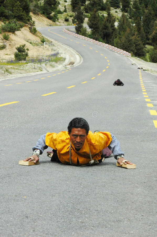 пилигримы тибетские стоковые фото