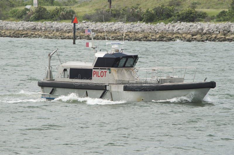 Пилотная шлюпка службы береговой охраны стоковая фотография rf