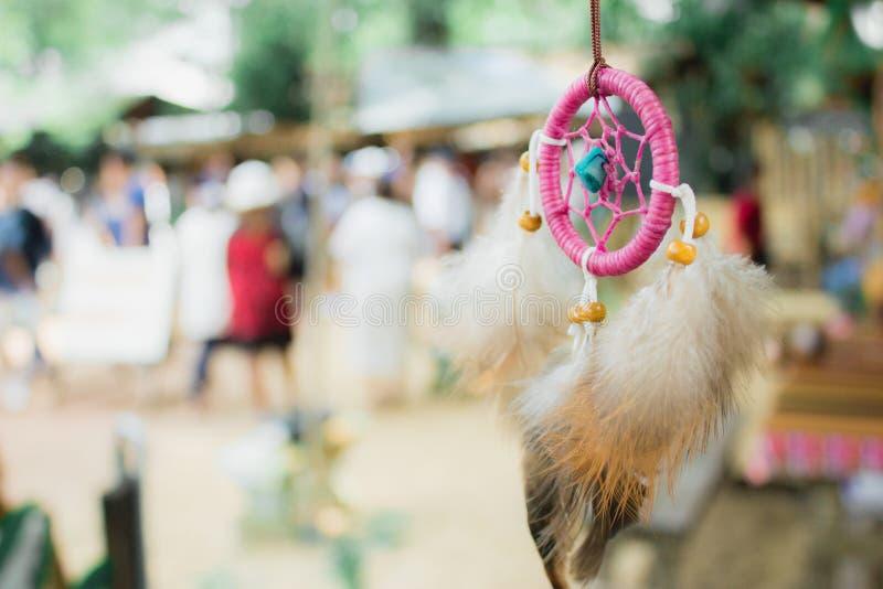 Пинк dreamcatcher ожерелья стоковое изображение