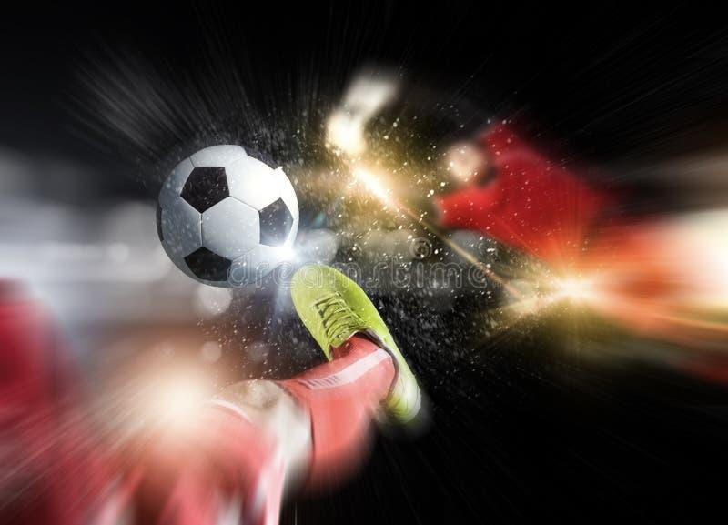 Download Пинок футбола стоковое фото. изображение насчитывающей отдых - 41650344