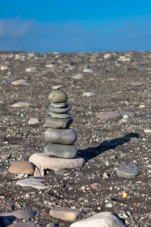 Пирамидка от камней, Исландии стоковое изображение