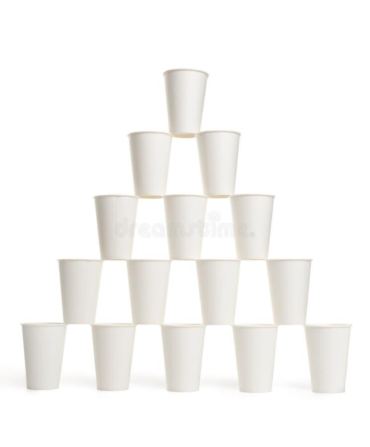 Пирамида чашек белой бумаги стоковое фото