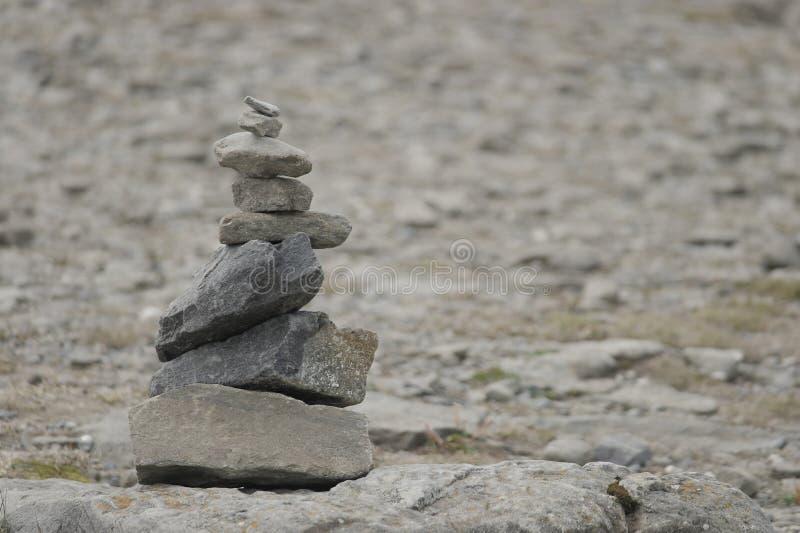 Пирамидка от камней стоковое фото