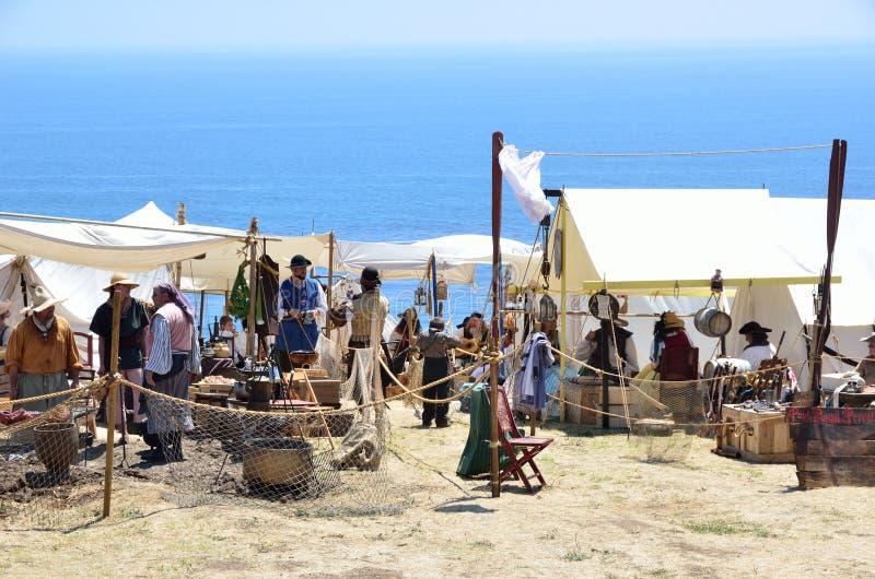 пираты campout стоковые фотографии rf
