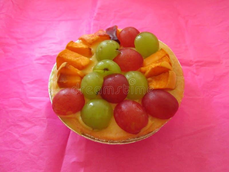 Пирог малого плодоовощ с виноградинами стоковое фото rf