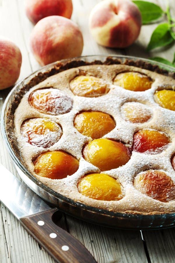 пирог персика стоковое изображение rf