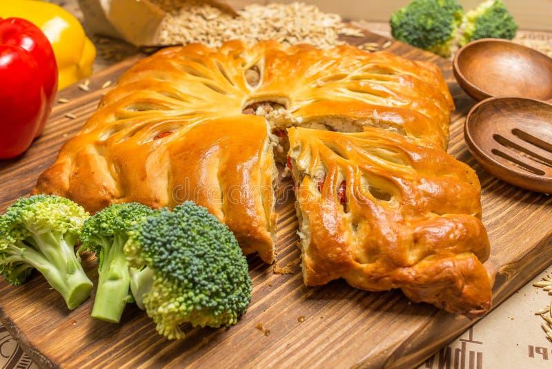 Пирог с луками и яичками стоковая фотография