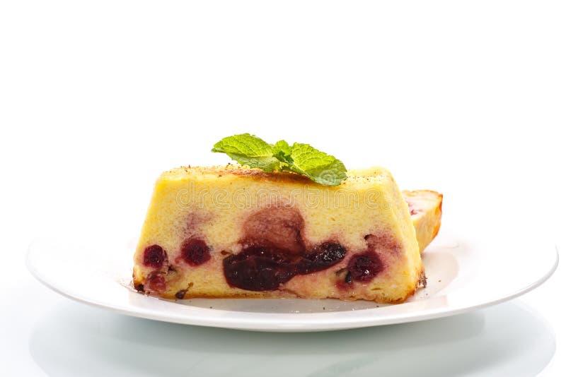 Пирог творога с ягодами стоковое изображение rf