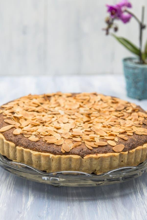 Download пирог bakewell стоковое изображение. изображение насчитывающей припудривание - 41662121