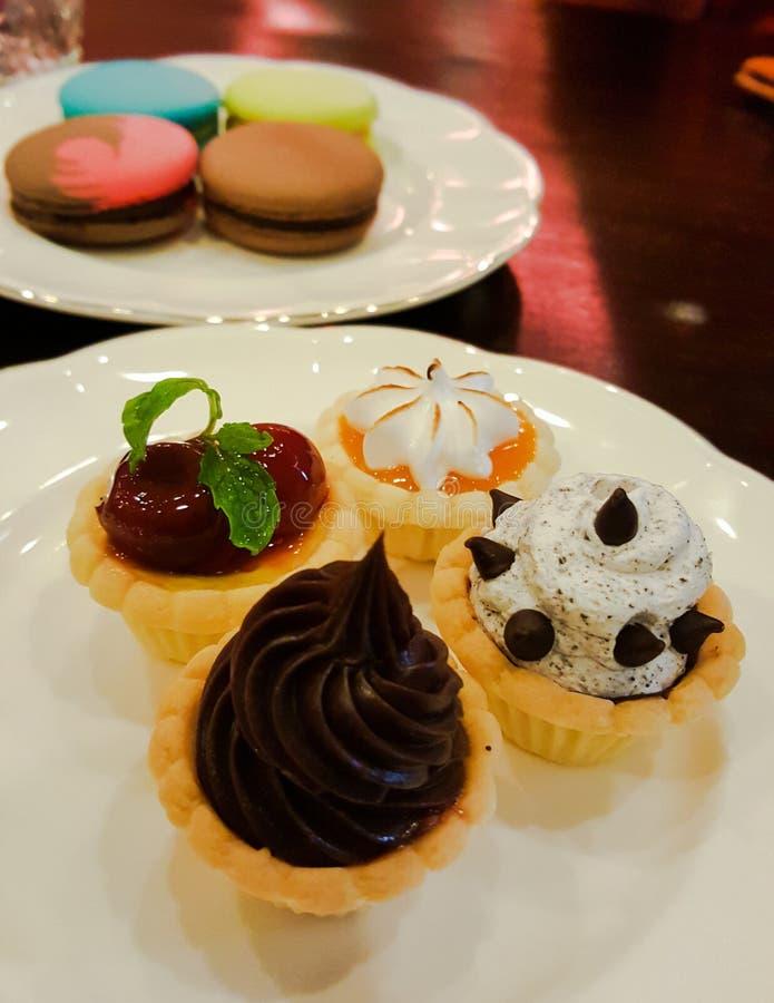 Пирожное и macaron стоковое изображение