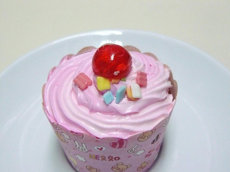 Пирожное принцессы Розов стоковые изображения rf