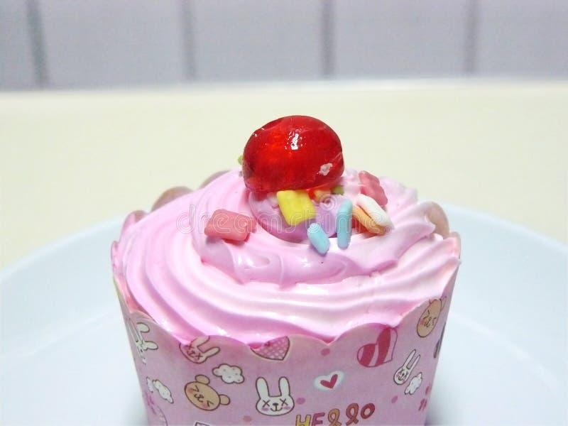 Пирожное принцессы Розов стоковая фотография rf