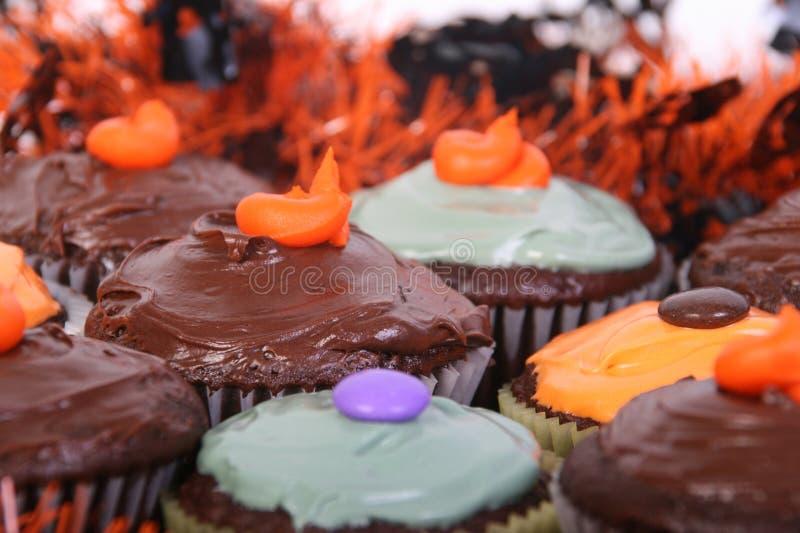 Download Пирожное хеллоуина стоковое фото. изображение насчитывающей сладостно - 33732896
