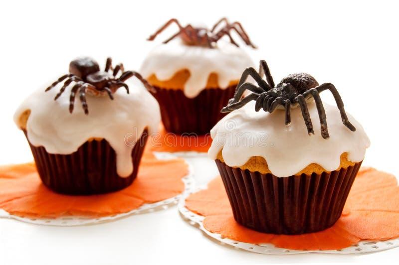 Download Пирожное хеллоуина стоковое изображение. изображение насчитывающей конфета - 33738319