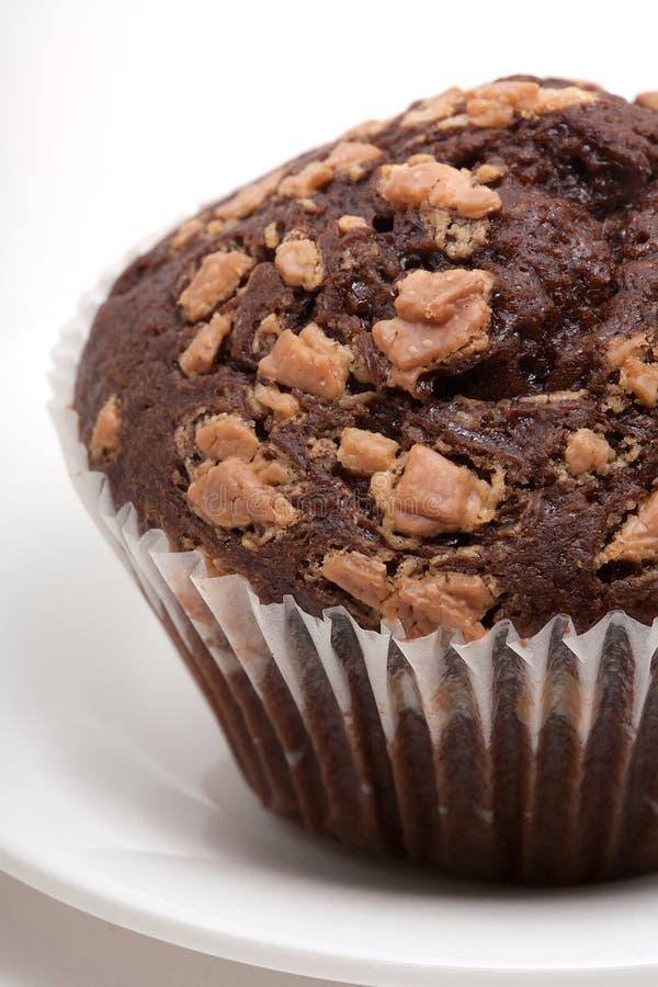Пирожное шоколада с вилкой стоковая фотография