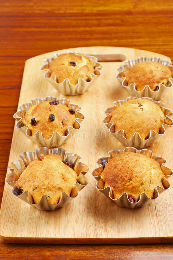 Пирожные выпечки в корзинах стоковое изображение rf