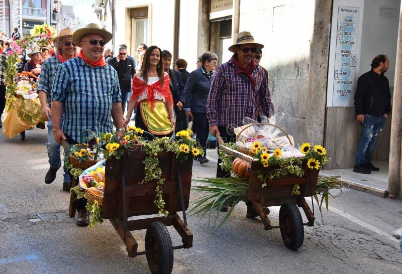 Пиршество St. Thomas, шествие в Ortona, Абруццо спасибо стоковая фотография