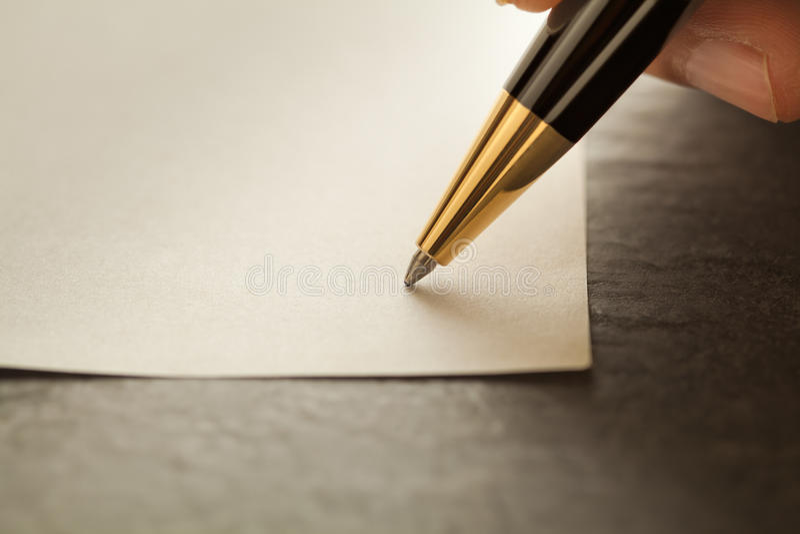 Писание с пер стоковое изображение rf