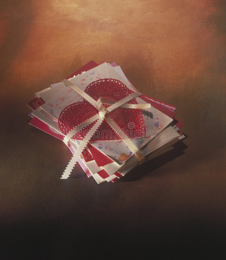 Письма влюбленности и сердце шнурка стоковая фотография rf