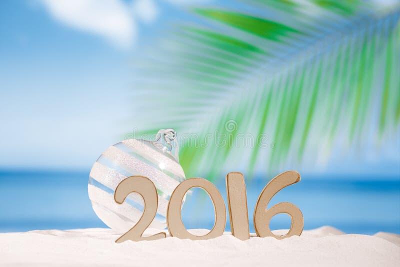 письма 2016 номеров с морскими звёздами, океаном, пляжем и seascape стоковая фотография rf