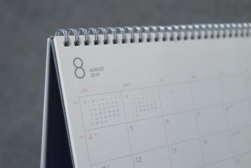 Письмо август на календаре 2019 стоковая фотография