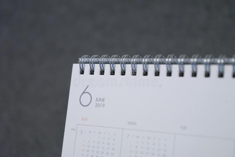 Письмо июнь на календаре 2019 стоковое фото