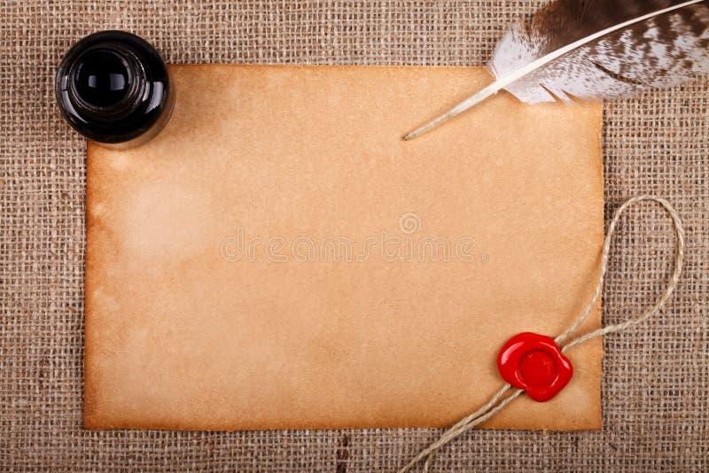 Письмо, чернильница и перо стоковые изображения