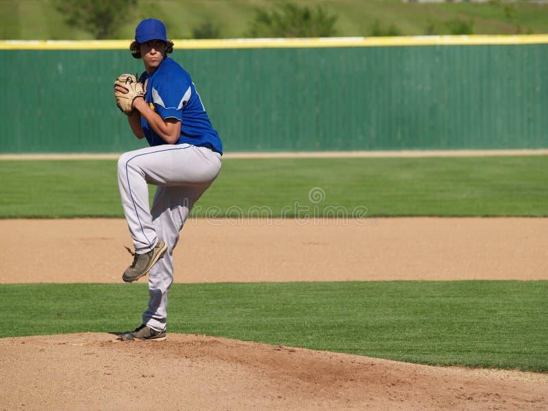 питчер бейсбола подростковый стоковые изображения